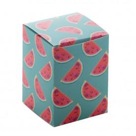 Малка картонена кутийка